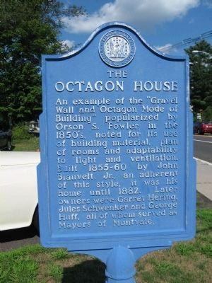 The Octagon House Marker image. Click for full size.