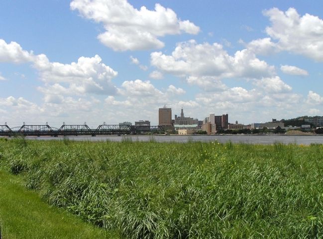 Historic Davenport 's skyline today image. Click for full size.