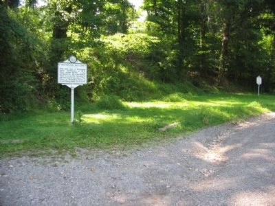 Markers beside the Beverly-Fairmont Pike image. Click for full size.