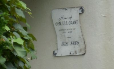 Grant House Sign image. Click for full size.