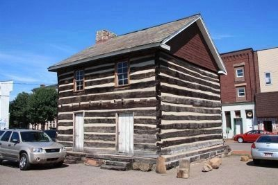 1788 Wells Log House image. Click for full size.
