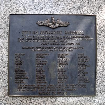 WW II U.S. Submarine Memorial image. Click for full size.