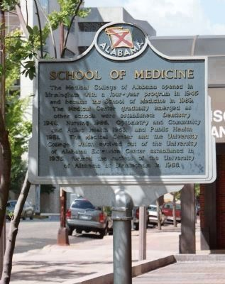 School of Medicine Marker - Reverse Side image. Click for full size.