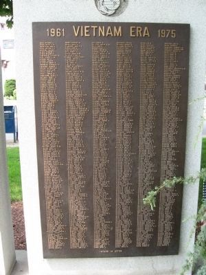 Far Right Plaque image. Click for full size.