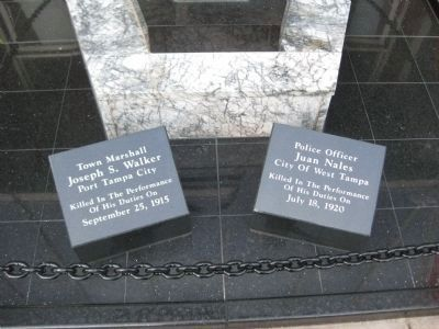 Tampa Police Fallen Officers Memorial image. Click for full size.
