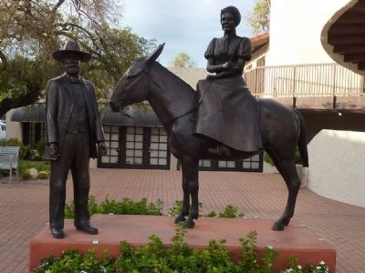 Chaplain Winfield Scott and his Wife Helen Louise Brown Scott Statue image. Click for full size.