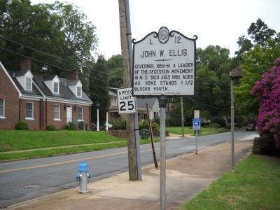 Marker in Salisbury image. Click for full size.