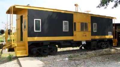 Southern Pacific Bay Window Caboose and Marker image. Click for full size.