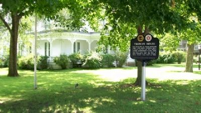 Truman House and Marker image. Click for full size.