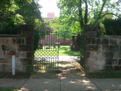 Masonic Cemetery Gates image. Click for full size.