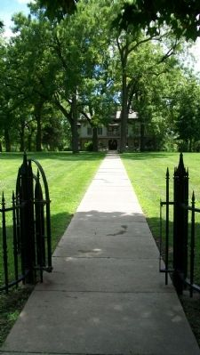 Lewis-Bingham-Waggoner Estate Entrance Photo, Click for full size