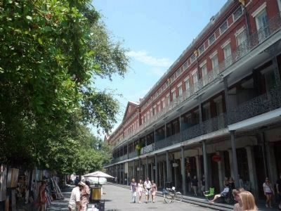 "St. Ann Street with Jackson Square on left and Lower Pontalba,with the ""1850 House Museum"" on right. image. Click for full size."