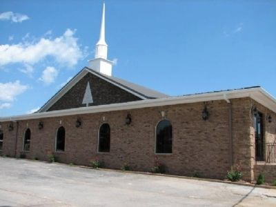 Lone Cedar Church of Christ (newer Building) image. Click for full size.