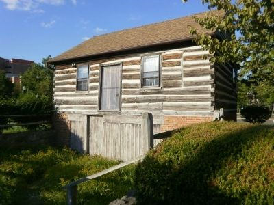 Rear of Shinn-Curtis Log House image. Click for full size.