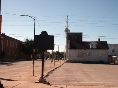 Looking South - - Wabash & Erie Canal Marker image. Click for full size.