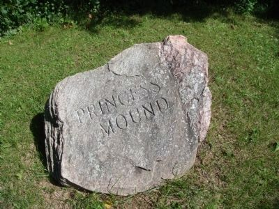 Stone Princess Mound Marker image. Click for full size.
