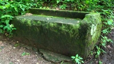 Rising Park Stone Bench image. Click for full size.