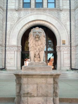 """ Lion "" - - West Side - Fulton County Courthouse image. Click for full size."