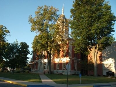 North East Corner - - Marshall County Courthouse image. Click for full size.
