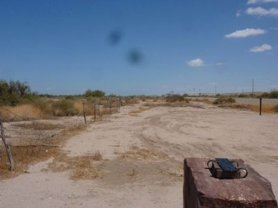 Looking North from the Hualapai Ancestors Marker image. Click for full size.