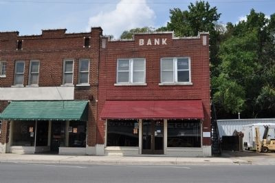 East Florence Historic District Bank image. Click for full size.