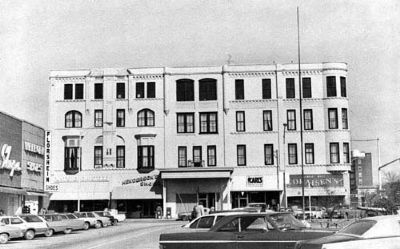 Plaza Hotel (Pre-restoration)<br>102 West Whitner at 101 North Main Streets image. Click for full size.
