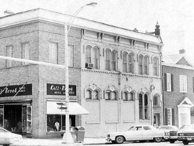 National Bank of Anderson<br>102 East Benson Street image. Click for full size.
