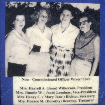 Non-Commissioned Officer Wives� Club image. Click for full size.