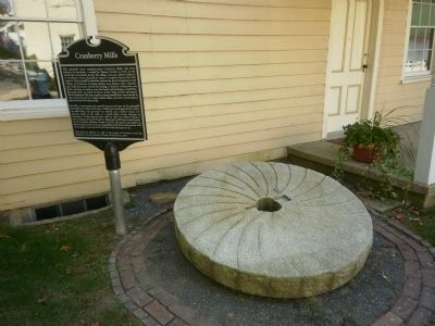 Cranberry Mills Marker and gristmill stone image. Click for full size.