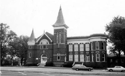 First Baptist Church of Anderson<br>Before the 1976 Remodelling image. Click for full size.