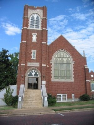 First Presbyterian Church of Poplar Bluff image. Click for full size.