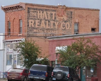 Old Hatten Realty Building image. Click for full size.