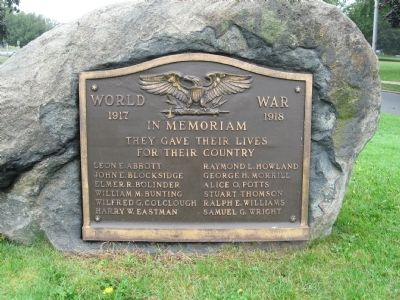 Swampscott World War I Memorial image. Click for full size.