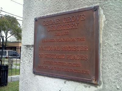 Cedar Grove Cemetary Placque image. Click for full size.