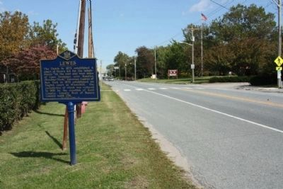 Lewes Marker, looking north along Savannah Road image. Click for full size.