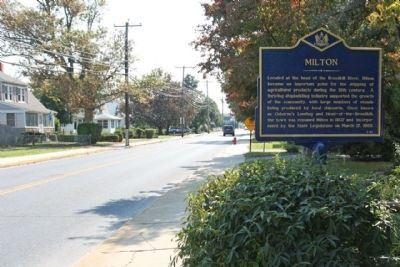 Milton Marker, looking south along Union Street (State Route 5) image. Click for full size.
