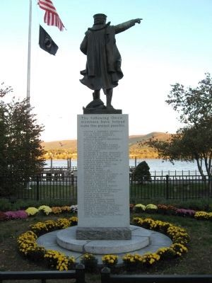 Christopher Columbus Monument image. Click for full size.