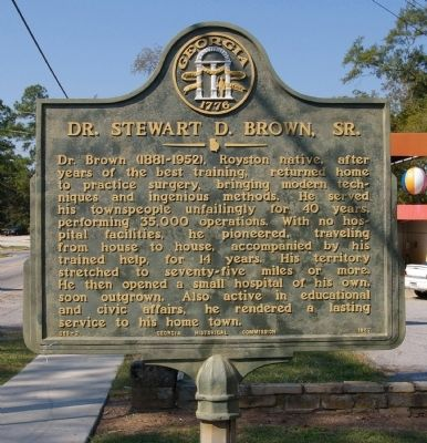 Dr. Stewart D. Brown, Sr. Marker image. Click for full size.