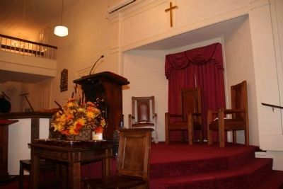 Padgett's Creek Baptist Church Pulpit image. Click for full size.