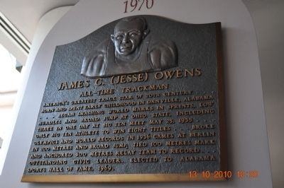 "James Cleveland ""Jesse"" Owens Plaque image. Click for full size."