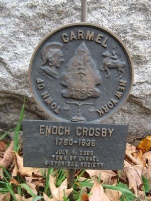 Bronze Marker next to the Monument image. Click for full size.