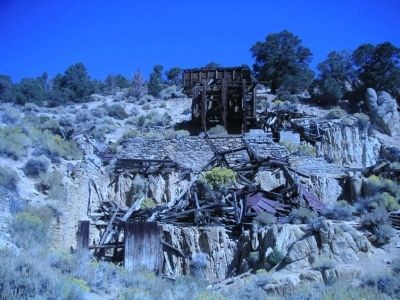 Masonic Mine and stamp mill ruins image. Click for full size.