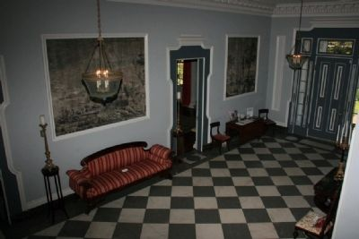 Front Entrance Hall image. Click for full size.