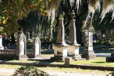 Grave site monuments in the Live Oak Cemetery image. Click for full size.