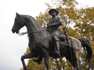 Closeup of Reynolds Equestrian Statue image. Click for full size.
