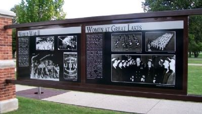 Women at Great Lakes Marker image. Click for full size.