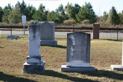 Headstone of Miss Neale Covington Young image. Click for full size.