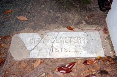 Old City Cemetery 1818 image. Click for full size.