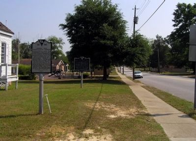 Wide view of the Society Hill Library Society Marker image. Click for full size.