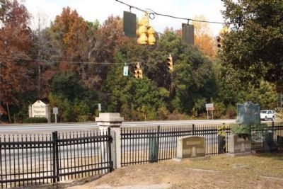 Christ Church Marker, (r), looking north along US 17 Photo, Click for full size